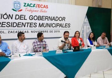 GOBERNADOR ALEJANDRO TELLO ENTREGA A MUNICIPIOS 300 MILLONES DE PESOS COMO ADELANTO DE PARTICIPACIONES