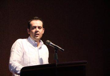 DONA ULISES MEJÍA HARO 3 MESES DE SALARIO PARA ENFRENTAR EMERGENCIA SANITARIA