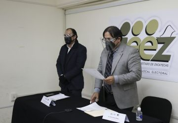 RINDEN PROTESTA INTEGRANTES DE LOS CONSEJOS DISTRITALES ELECTORALES DEL IEEZ