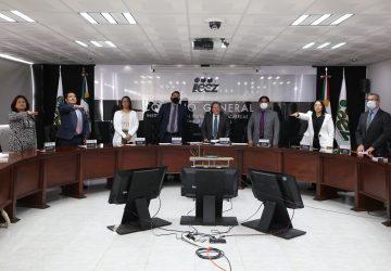 TOMAN POSESIÓN Y RINDEN PROTESTA CONSEJERO Y CONSEJERAS ELECTORALES EN EL IEEZ