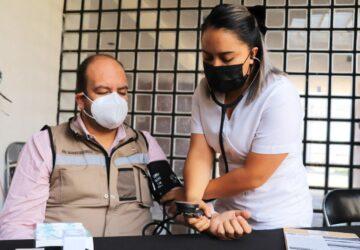 POR UN MUNICIPIO SALUDABLE IMPULSA SALVADOR ESTRADA CAMPAÑA DE DETECCIÓN DE ENFERMEDADES CRÓNICO DEGENERATIVAS