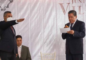 EL MANDATARIO ESTATAL TOMÓ LA PROTESTA DE LEY A ROGELIO GONZÁLEZ COMO PRESIDENTE MUNICIPAL DE VILLANUEVA