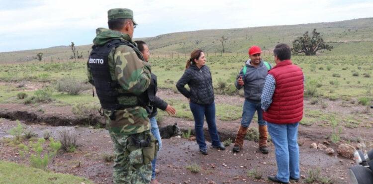 LLEVA SARA HERNÁNDEZ MÁS DE 12 TONELADAS DE VÍVERES A FAMILIAS DE GENARO CODINA Y CUAUHTÉMOC