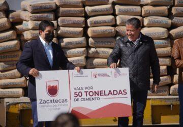 RECIBE LA CAPITAL 50 TONELADAS DE CEMENTO PARA REHABILITACIÓN DE VIALIDADES AFECTADAS POR LLUVIAS